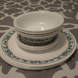 Vintage blue and white Corelle plates and bowls